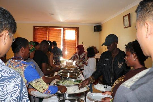 Perayaan Lebaran KBRI Dar es Salaam obati kerinduan WNI pada Indonesia