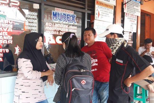 Sejumlah perantau asal Sumatera Barat tunda jadwal mudik