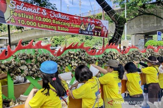 Festival Bakcang dan Lamang Baluo di Padang sukses pecahkan rekor MURI
