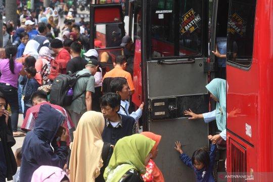 Dinas Kependudukan DKI catat 4,3 juta orang tiba di Jakarta