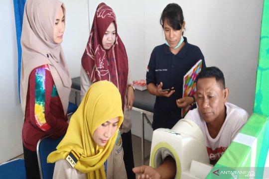 Hipertensi paling banyak dialami pemudik di Bandara Syamsudin Noor