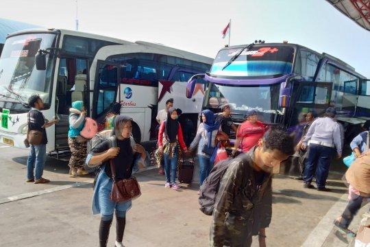 Puncak arus balik sudah terasa di Terminal Pulo Gebang