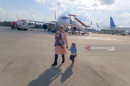 Penumpang Bandara Pekanbaru libur Lebaran turun 32 persen