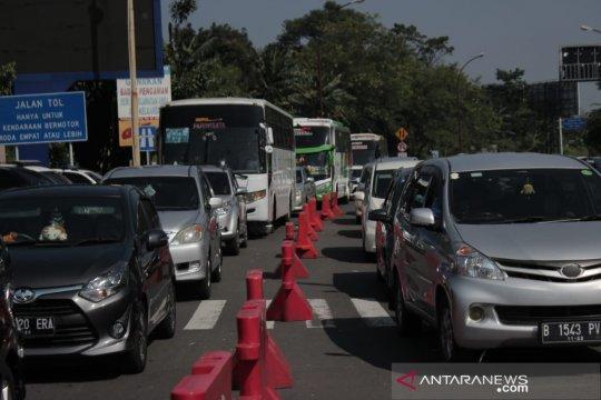 Arus balik, jumlah kendaraan tetap dominan mengarah Puncak Bogor
