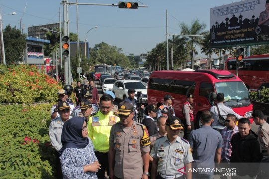 Bupati: Jalur alternatif hanya atasi 20 persen kemacetan Puncak Bogor