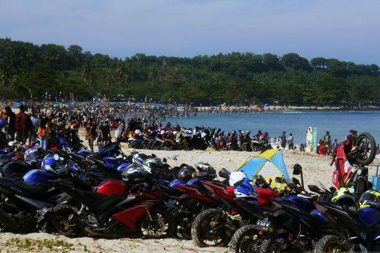 Wisata Pantai Banten bangkit setelah tsunami