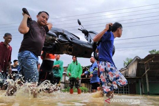 4.089 warga mengungsi akibat banjir di Konawe Utara
