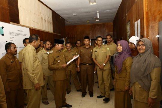 Bupati Aceh Besar minta ASN tak hadir hari pertama menghadap Sekda