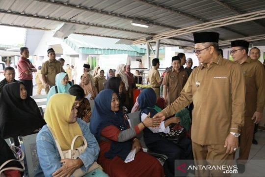 Pemkab Aceh Barat potong tunjangan khusus ASN bolos hari pertama kerja