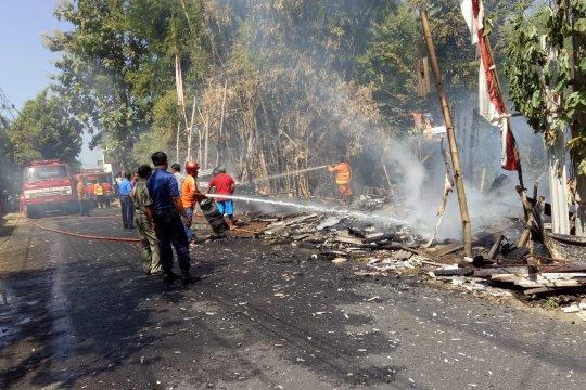 PMK Tulungagung padamkan kebakaran rumah pedagang bakso