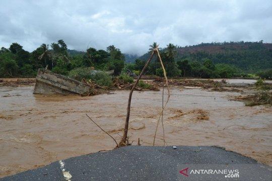 Dua warga korban banjir Morowali belum ditemukan