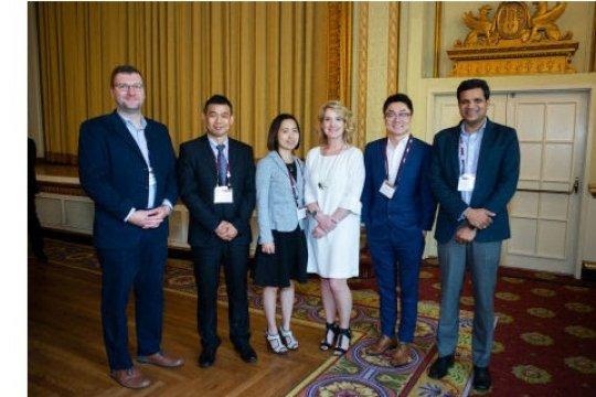 Mary Kay anugerahkan Penghargaan Disertasi Doktoral pada Konferensi Tahunan Akademi Ilmu Pemasaran 2019