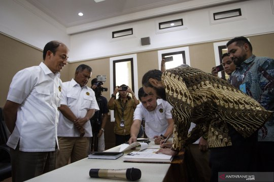 Penandatanganan kontrak bagi hasil gross split WK Anambas