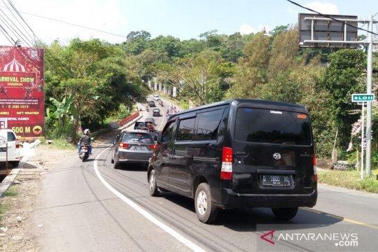 H+5 arus kendaraan kembali meningkat di Jalur Puncak-Cianjur
