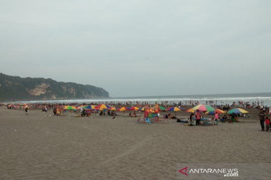 Pantai Parangtritis destinasi favorit wisatawan selama libur Lebaran