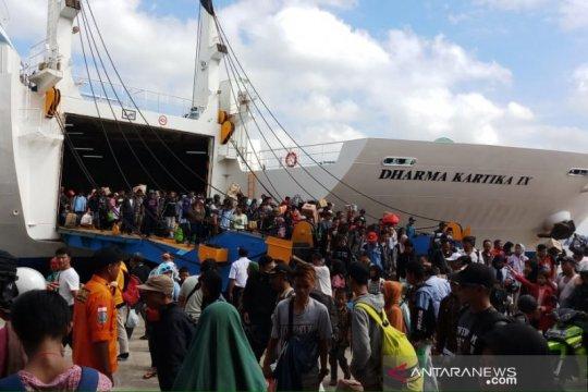 Pelabuhan Trisakti Banjarmasin alami puncak arus balik