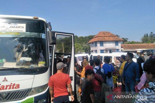 H+6 penumpang di Terminal Cianjur masih tinggi