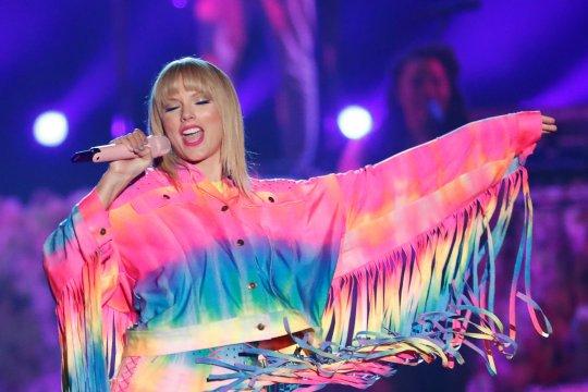 Katy Perry dan Taylor Swift berdamai