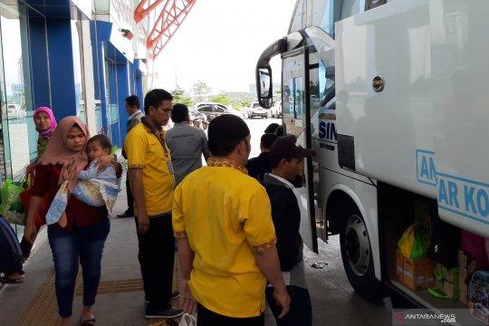 Jumlah penumpang arus balik di Terminal Pulo Gebang terus menurun