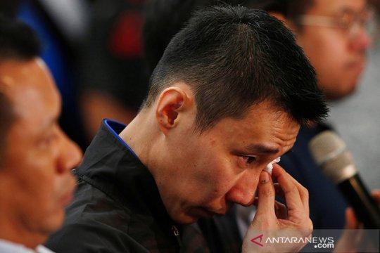 Lee Chong Wei gantung raket