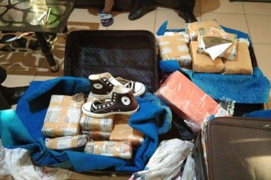 Polisi tangkap tersangka kepemilikan 61 kg ganja