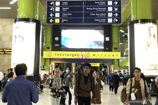 H+8 Lebaran, arus balik di Stasiun Gambir masih terpantau padat