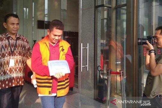 KPK perpanjang penahanan tiga tersangka suap imigrasi NTB
