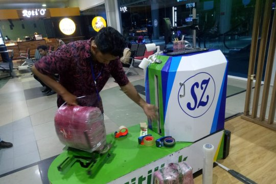 Pengelola gerai usaha di Bandara Palembang minta keringanan