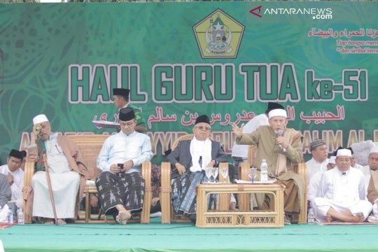 Gubernur : haul Guru Tua pemersatu umat Islam di Indonesia