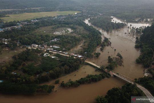 Sebanyak 25 kecamatan masih terendam banjir di Konawe