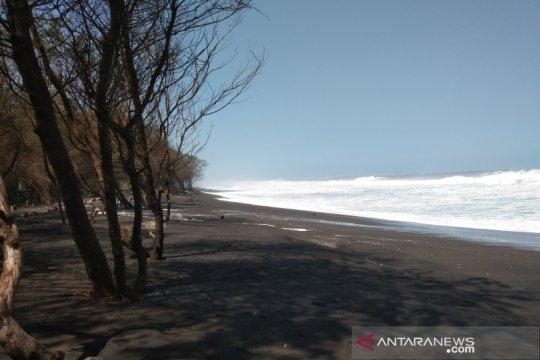 Rawan terkena gelombang tinggi rumah warga di Pantai Bantul