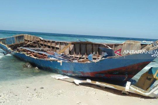 KM Nusa Kenari berlayar tanpa izin syahbandara Alor, ABK diamankan