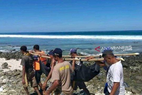 Satu korban kapal tengelam di Alor ditemukan meninggal