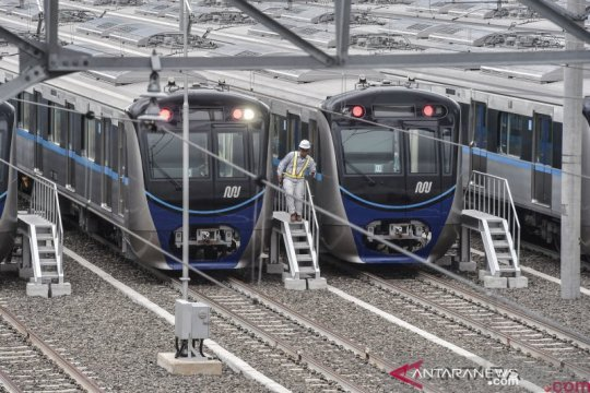 Mati listrik, pengguna MRT dievakuasi dari stasiun bawah tanah