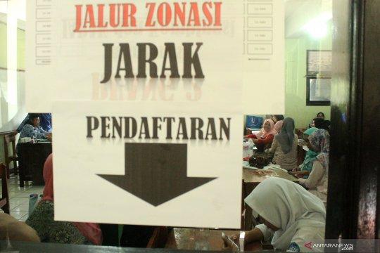 Warganet protes PPDB berbasis zonasi