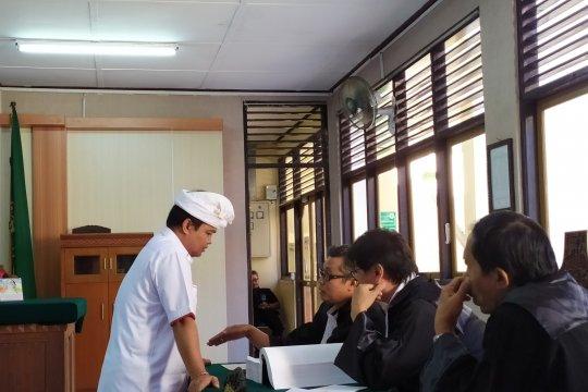 Mantan Ketua Kadin Bali diadili dalam kasus pengembangan kawasan Benoa