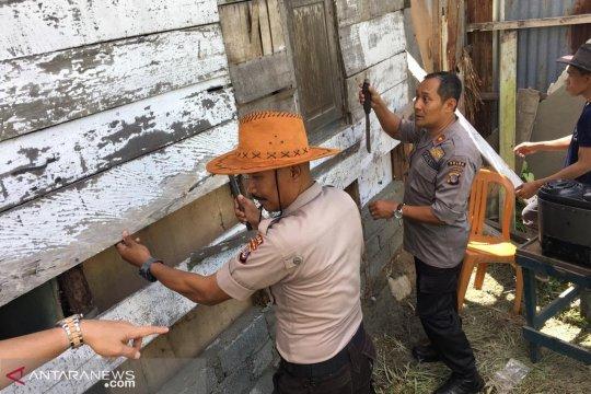 Polda Sulteng bedah rumah warga miskin di Palu