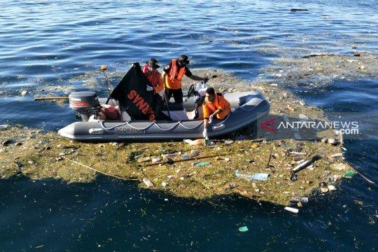 Basarnas temukan dua penumpang KM Nusa Kenari meninggal
