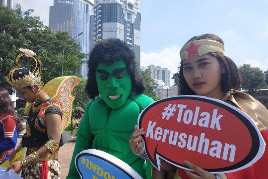 Superhero bawa pesan damai dalam sidang MK