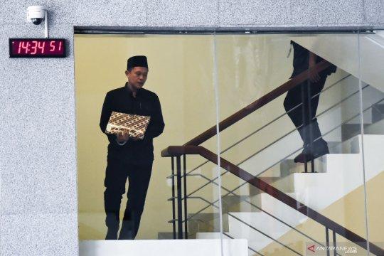 Dua pengusaha didakwa suap Bupati Lampung Tengah Mustafa Rp12,5 miliar