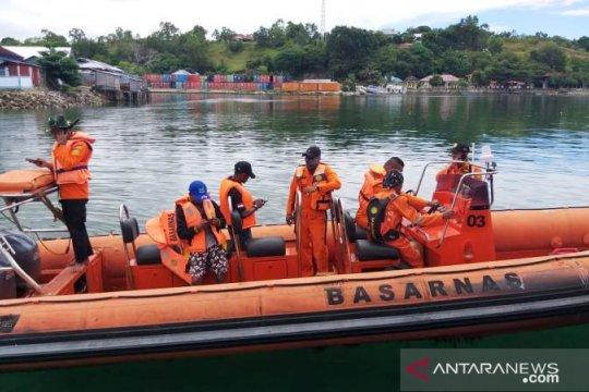 Nelayan hilang di Pulau Buru, tim SAR dikerahkan untuk pencarian