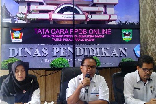 Padang terapkan pendaftaran daring pada penerimaan siswa SD