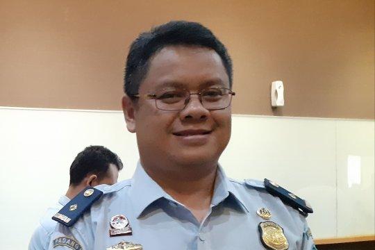 Imigrasi Padang deportasi dua warga asing salahi izin tinggal