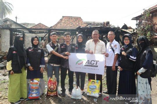 ACT Sumsel bantu korban kebakaran di sentra produksi Pempek