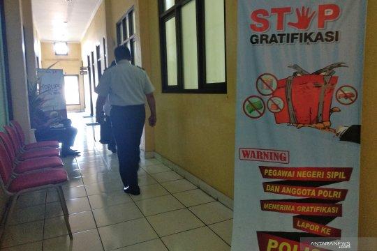 Pejabat Imigrasi Mataram kembali diperiksa penyidik KPK