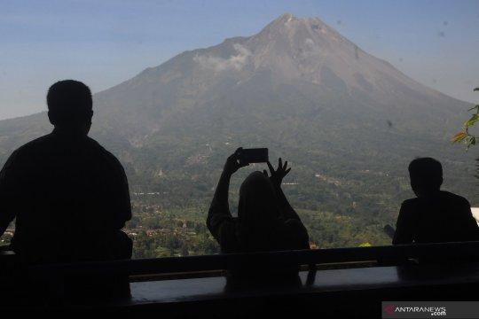 Awan panas guguran sejauh 1.100 meter diluncurkan Gunung Merapi