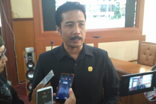 Ketua DPRD Tulungagung enggan tanggapi status sebagai tersangka KPK