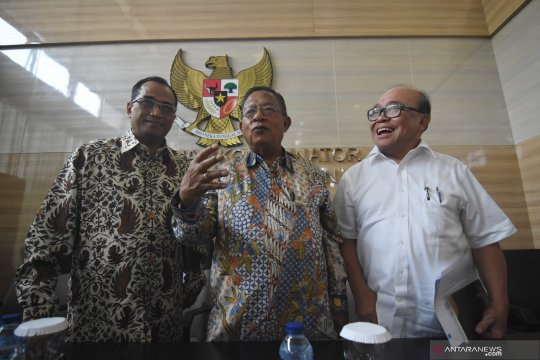 Menhub tidak temukan pelanggaran tarif batas atas Garuda-Batik