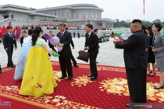 "Korea Utara rayu China: ""Aku Cinta Kamu, China"""