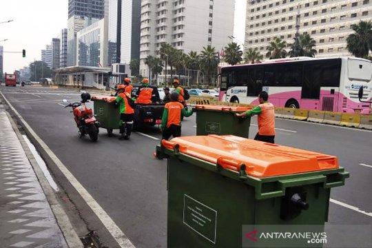 Dari Bundaran HI hingga Sarinah ada 40 tempat sampah